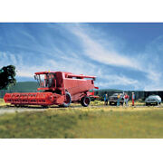 Walthers Scenemaster Farm Combine Kit - Includes Grain And Corn Heads Ho Scale