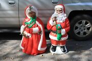 40 African American Santa And Mrs. Claus Light Up Blow Mold Euc Local Pick Up
