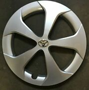 1- Replacement 2010-2015 Toyota Prius 15 Inch Hubcap Replaces 61167-42602-47060