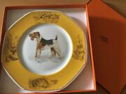 Hermes Chas 21cm Plate Yellow Fox Terrier Wire