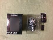 Terminator Genisys Half Scale Endo Skull And T800 Brain Chip Keychain Lootcrate