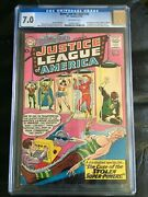 Brave And Bold 30 Cgc Fn/vf 7.0 Ow 3rd App. Justice League 1st App. Amazo