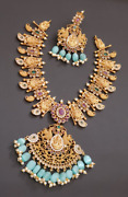Bollywood Matt Gold Plated Real Look Necklace Indian Ethnic Temple Jewelry Set