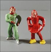 2 Vintage Lead Toy Barclay Ice Skaters 1 Boy Green B176 And 1 Girl Red B177