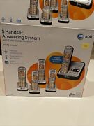 New Atandt El52500 Dect6.0 Cordless Phone Answering System With 5 Handsets