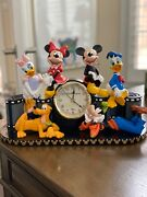 Disney World Character Clock And Figurines Mickey And Minnie Mouse+goofy++ Rare