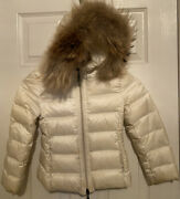 Moncler Girls Ivory/white Jacket Fur Hood Size 5 Xs Excellent Condition.