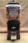 Rare 1950's Victor 1 Cent Bubble Gumball Machine With Key Included With Gumballs
