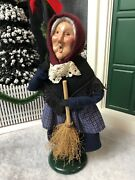 Byers' Choice The Carolers 1995 12 Old Befana An Italian Christmas Witch