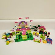 Lego Friends Heartlake Dog Show 3942 + Mia's Puppy House 3934 Complete W Manuals