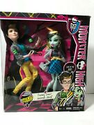 Monster High Frankie Stein And Jackson Jekyll Picnic Casket--new