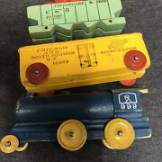 Vintage Strombecker Wood Freight Train Car Set 3 Pc 999 Engine Parts Or Repair