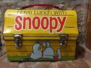 Vintage 1968 Snoopy Peanuts By Schulz Yellow Metal School Lunch-box Blue Thermos