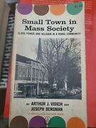 Small Town In Mass Society Glass Power And Religion In A Rural Community