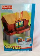 Geotrax Fisher Price Rail And Road System Switchin' Signs Covered Bridge - Unused