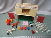 Fisher Price Little People Play Family Farm Barn 915 Ce Tractor Cow Horse Sheep