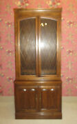Ethan Allen Classic Manor Wall Unit China Curio Bookcase Cabinet Lighted
