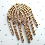 Vintage Signed Sarah Coventry Gold Tone Textured Articulated Leaf Dropper Brooch