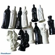 Porcelain Chess Pieces Black And White Elegant 31 Missing 1 Black Pawn