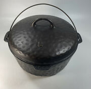 Vintage Chicago Hardware Foundry Hammered Cast Iron Dutch Oven 8 Roaster