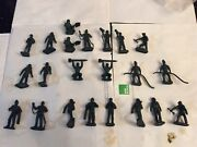 Lot Of 22 Marx Cape Canaveral Or Kennedy Playset Ground Crew Figures Reissues.