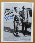 Detroit Tigers Denny Mclain Signed Photo 1968 World Series Tiger Welcome