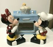 Disney - Mickey And Minnie Mouse Plus Pluto - Baking Oven - Unique Cookie Jar