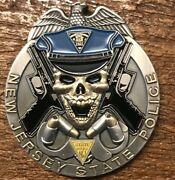 Antique Finish Nj State Police Challenge Coin / Trooper 2 Skull And Guns