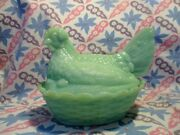 Jadeite Green Glass Medium Size Hen On A Nest Candy Dish In Very Good Condition