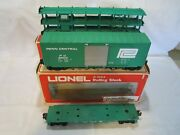3 Lionel O Gauge Freight Train Cars Two With Boxes Penn Central 6-9139 6-9603