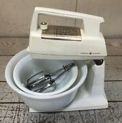 Vintage Ge General Electric Stand Mixer 12 Speed Orig. Milk Glass Bowls Tested