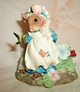 Enesco Mouse Tales Little Betty Blue Sharing Brings A Pair Of Smiles Figurine