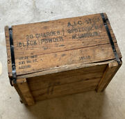 1945 Wwii Us Army Ammo Crate Box Black Powder Charges Spotting Metal Banded