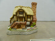 David Winter Cottages 'whileaway Cottage' Collectors Guild 15 1993