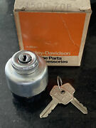 Harley Amf Aermacchi 70andrsquo-72andrsquo Sprint Ss Sx Nos Ignition Switch W/ Keys 71500-70p
