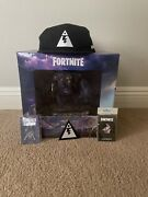 Fortnite Smasher Statue Comes With Hat, 2 Pins And Patch