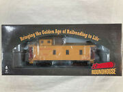 Roundhouse 85827 Union Pacific 3 Window Standard Caboose Ho - New
