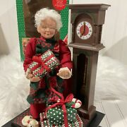 Vintage Animated Mrs. Claus Musical Holiday Scene Holiday Creations Inc 1993