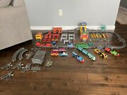 Thomas The Train Track Master Gullane Track - 6 Motorized Engines - Accessories