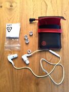 Plantronics Backbeat Go 2 Headset With Charging Case - Low Volume In Left