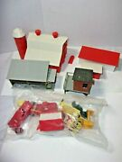 O Scale Train Plasticville 1950's Vintage Farm And Misc Building Barn Cars Lot
