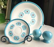 Hlc Fiesta Dinner Plate Saucer Salt And Pepper Shakers Hawaiian Daisy Turquoise