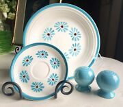 Hlc Fiesta Dinner Plate, Saucer, Salt And Pepper Shakers Hawaiian Daisy Turquoise