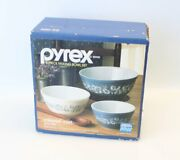 New Nos Pyrex Colonial Mist 3 Piece Mixing Nesting Bowl Set 300-95 401 402 403