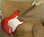 New Donner 39 Electric Guitar Beginner Solid Body Right Handed. Fire Red Strat