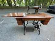 1924 Singer Model 66 Red Eye Treadle Sewing Machine In Cabinet Inv15111
