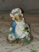 1995 Enesco Priscilla's Mouse Tales Little Betty Blue Sharing Brings Smiles