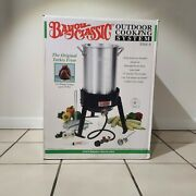 New In Box Bayou Classic 3066a 30-quart Outdoor Cooking System Turkey Fryer Kit