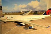 Boeing 747-451 Delta Airlines 1150 Scale Large Scale