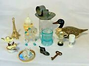 Small Lot Of Miniatures Lucite Gumball Prizes Trinkets Animals Doll House Dq-fun